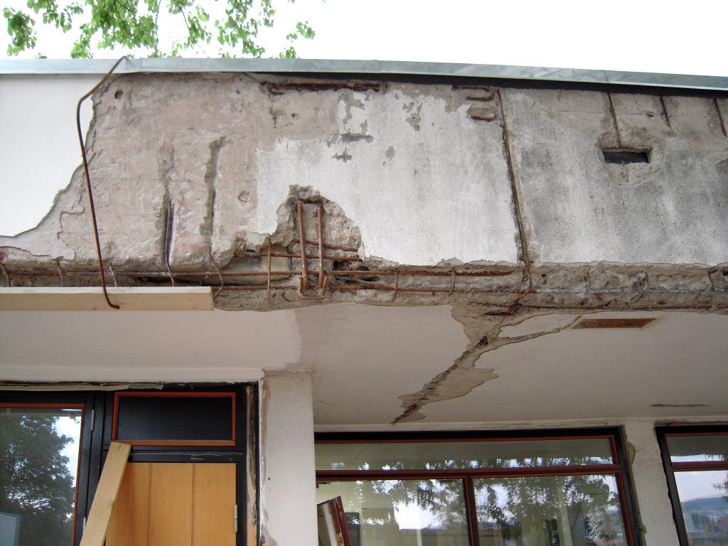 Betongarbeider skadet betong