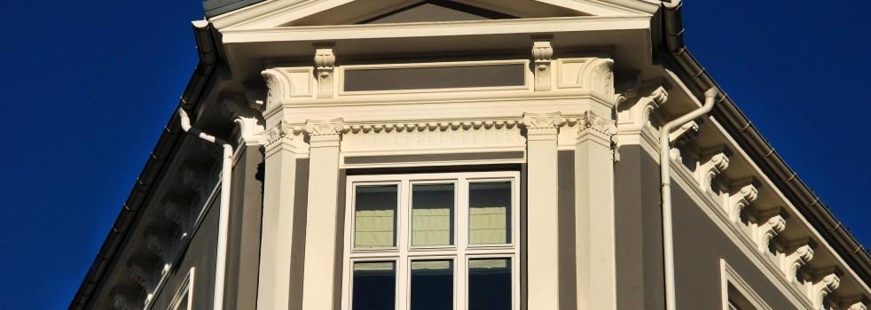 Silikatmaling på fasader av mur og puss gir best resultat over tid