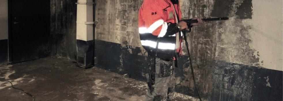 Rens av betong med Controll Betongrens
