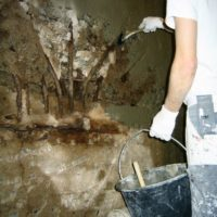 Håndverkstjenester og utbedring av fukt og vanninnsig